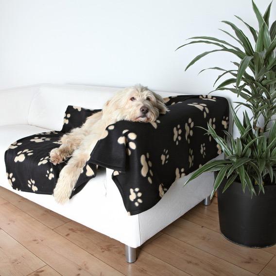 Zdjęcie Trixie Kocyk Barney dla psa lub kota  czarny w beżowe łapki 150 x 100 cm