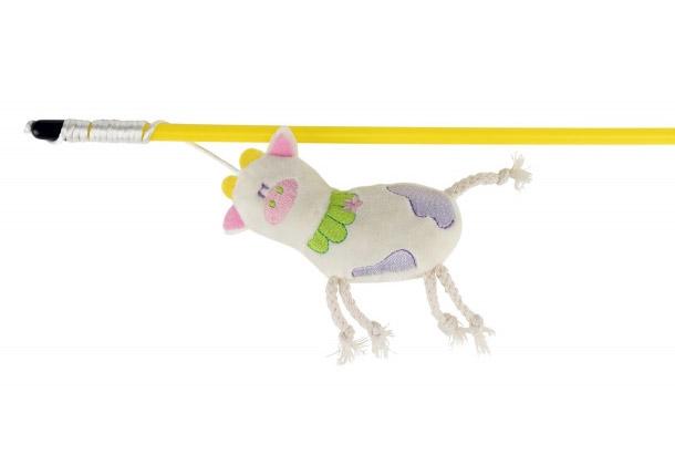 Trixie Wędka dla kota z pluszową krówką piszcząca 47 cm